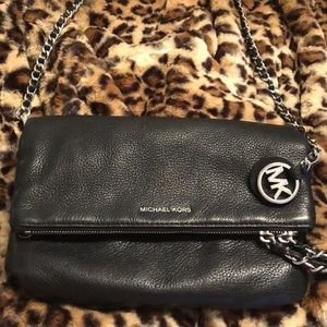 Michael Kors Leather Crossbody ❤️👠❤️